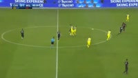 M'Baye Niang scores in the match Chievo vs AC Milan