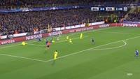 Jelle Vossen scores in the match Club Brugge vs FC Porto
