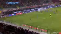 Manuel Locatelli scores in the match AC Milan vs Sassuolo