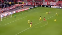 Tarik Elyounoussi scores in the match Olympiakos Piraeus vs FC Astana