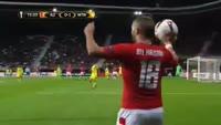 Robert Muhren scores in the match AZ Alkmaar vs Maccabi Tel Aviv
