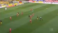 Adrian Ramos scores in the match Ingolstadt vs Dortmund