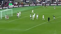 Winston Reid scores in the match West Ham vs Sunderland