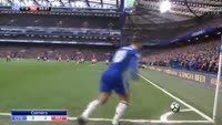 Gary Cahill scores in the match Chelsea vs Manchester United