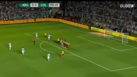 Lionel Messi scores in the match Argentina vs Colombia