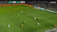 Lucas Pratto scores in the match Argentina vs Colombia