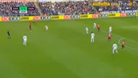Paul Pogba scores in the match Swansea vs Manchester United