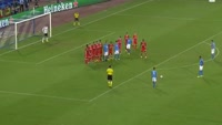 Dries Mertens scores in the match Napoli vs Benfica