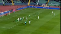 Edinson Cavani scores in the match Ludogorets vs Paris SG
