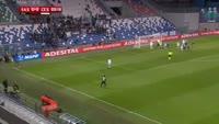Lorenzo Pellegrini scores in the match Sassuolo vs Cesena