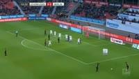 Omer Toprak scores in the match Bayer Leverkusen vs Hertha Berlin