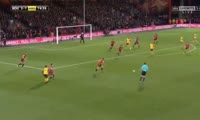 Lucas Perez scores in the match Bournemouth vs Arsenal