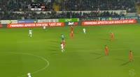 Konstantinos Mitroglou scores in the match Guimaraes vs Benfica