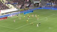 Davy Klaassen scores in the match Roda vs Ajax