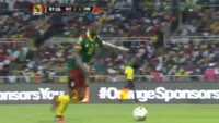 Vincent Aboubakar scores in the match Egypt vs Cameroon