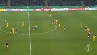 Martin Harnik scores in the match Hannover vs Eintracht Frankfurt