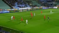 Leonard Kweuke receives a red card in the match Rizespor vs Antalyaspor
