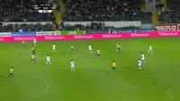 Kleber Laube Pinheiro scores in the match Guimaraes vs Estoril