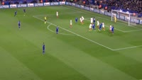 Wes Morgan scores in the match Leicester vs Sevilla