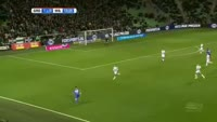Obbi Oulare scores in the match Groningen vs Willem II