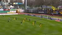 Guillaume Hoarau scores in the match Lugano vs Young Boys