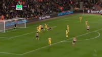 Nathan Redmond scores in the match Southampton vs Crystal Palace