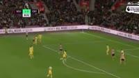 Maya Yoshida scores in the match Southampton vs Crystal Palace