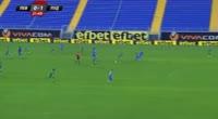 Cristaldo Farias Wanderson scores in the match Levski vs Ludogorets