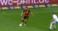 Florian Niederlechner scores in the match Freiburg vs Schalke