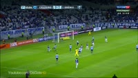 Thiago Neves Augusto scores in the match Cruzeiro vs Gremio
