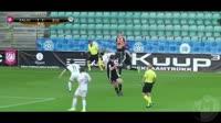 Artjom Dmitrijev scores in the match Kalju vs B36 Torshavn