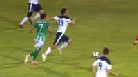 Miroslav Enchev receives a yellow card in the match Beroe vs Vereya