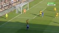 Anthony Losilla scores in the match Bochum vs Dortmund