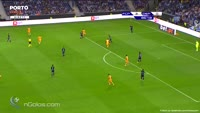 Moussa Marega scores in the match FC Porto vs Dep. La Coruna