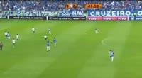 Hudson Rodrigues dos Santos scores in the match Cruzeiro vs Palmeiras