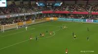 Stephan Petersen scores in the match Silkeborg vs Helsingor