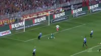 Simon Hedlund scores in the match Union Berlin vs Holstein Kiel