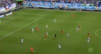 Jannik Bandowski scores in the match Duisburg vs Bochum