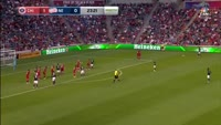 Kei Kamara scores in the match Chicago Fire vs New England Revolution