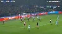 Feyenoord 0-4 Manchester City - Golo de J. Stones (2min)