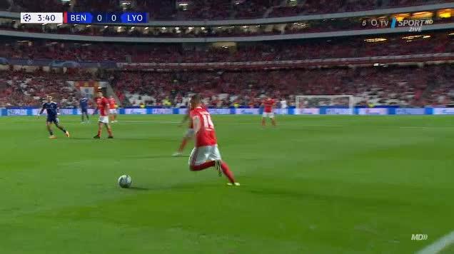 هدف أول ل بنفيكا (رافا سيلفا)