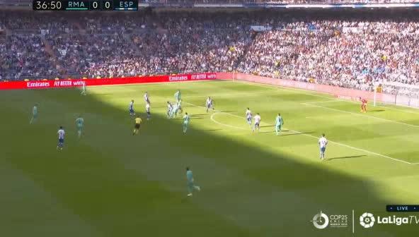 هدف أول ل ريال مدريد (رافاييل فاران)