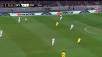 Olivier Giroud ghi bàn trong trận Dynamo Kiev vs Chelsea