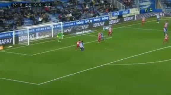 هدف أول ل ديبورتيفو ألافيس (مبارك واكاسو)