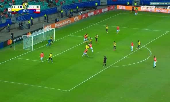 هدف أول ل تشيلي (خوسيه فوينزاليدا)
