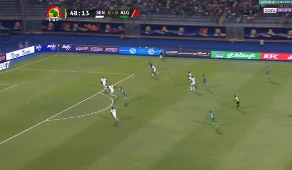 هدف أول ل الجزائر (يوسف بلايلي)
