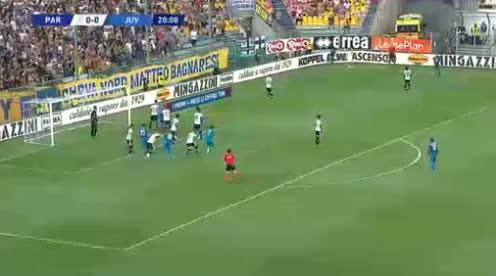 هدف أول ل يوفنتوس (جورجيو كيليني)