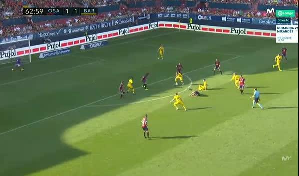 هدف ثاني ل برشلونة (آرثر)