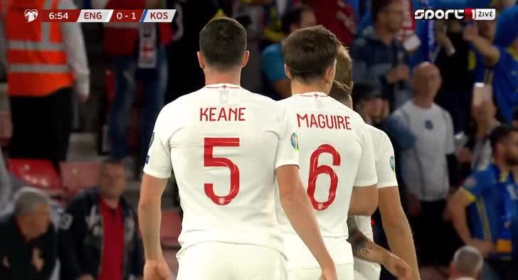 هدف أول ل إنجلترا (رحيم ستيرلينغ)