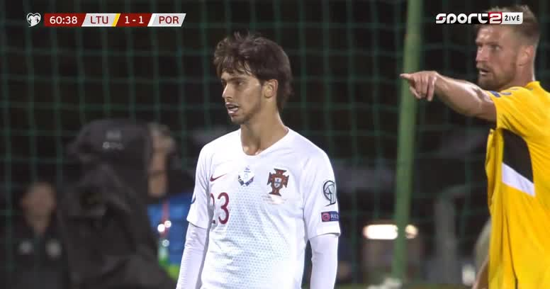 هدف ثاني ل البرتغال (كريستيانو رونالدو)